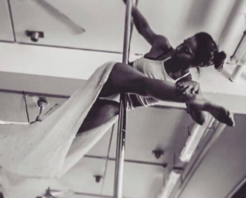 book poledancer